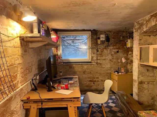 victorian cellar lighting office