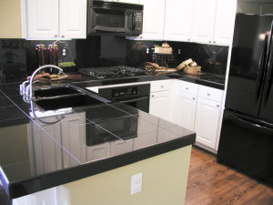 clutter free kitchen staged for house sale