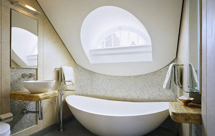 gorgeous bathroom for a small attic space
