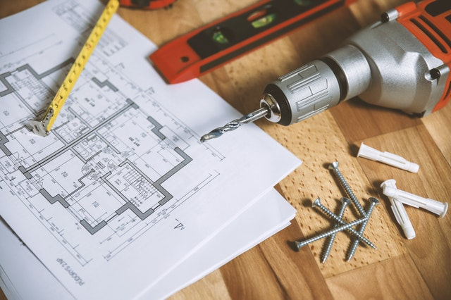 The biggest challenges of renovating an old house
